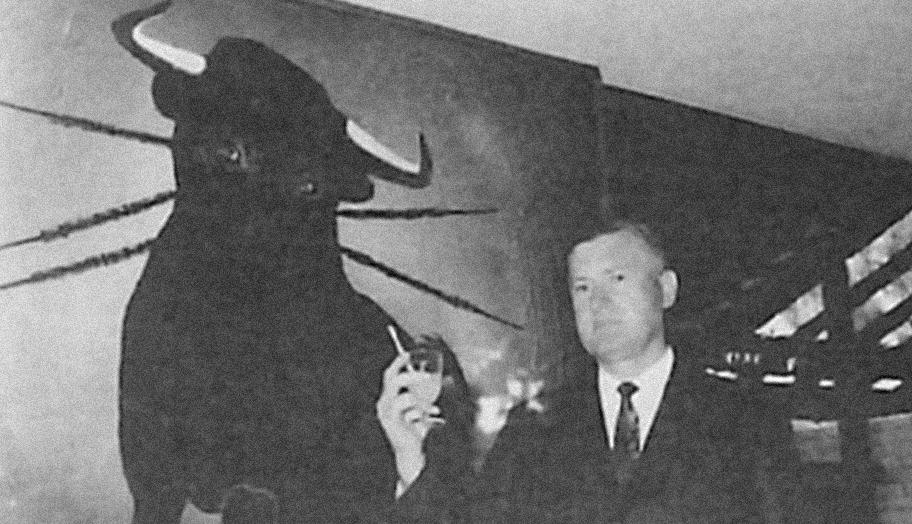 Peter Medich opening El Toro, Warwick Farm, 1970